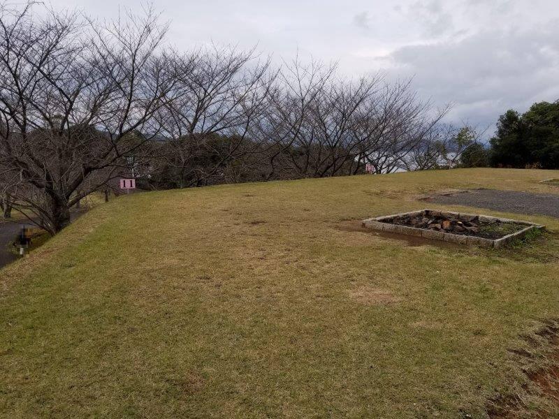 四本堂公園キャンプ場 オートサイト(11番サイト)