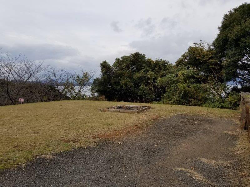 四本堂公園キャンプ場 オートサイト(13番サイト)