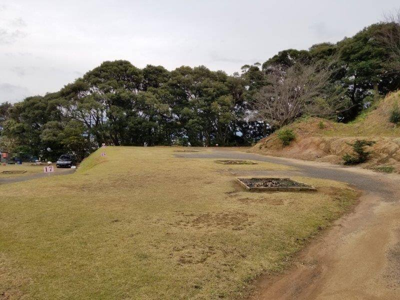 四本堂公園キャンプ場 オートサイト(17~21番サイト)