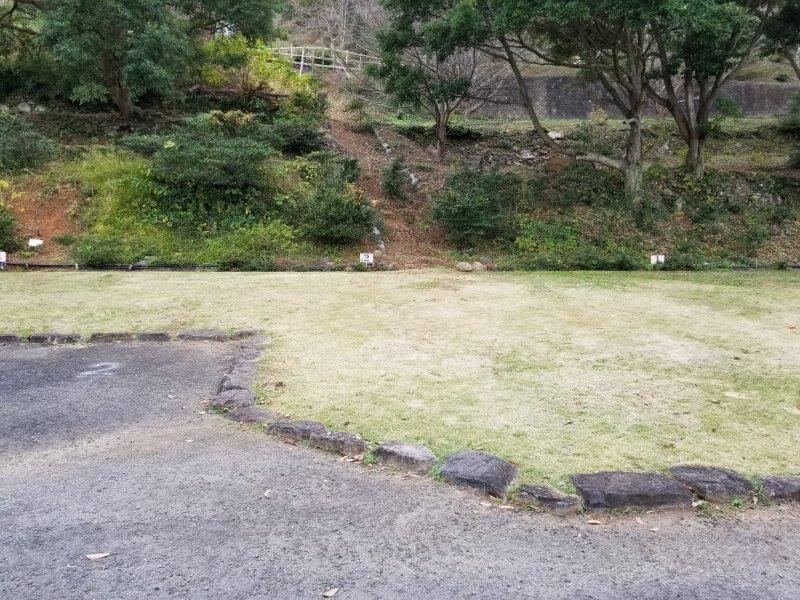 四本堂公園キャンプ場 オートサイト(2番サイト)