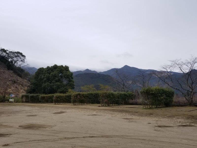 岩屋キャンプ場の区画サイト