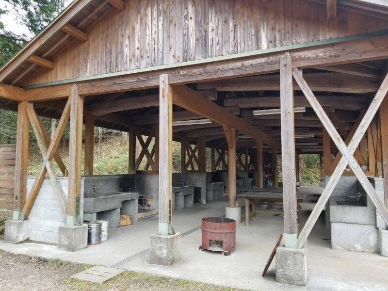 岩屋キャンプ場の炊事棟