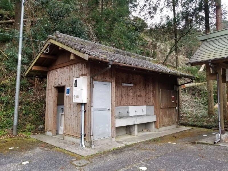 岩屋キャンプ場のトイレ