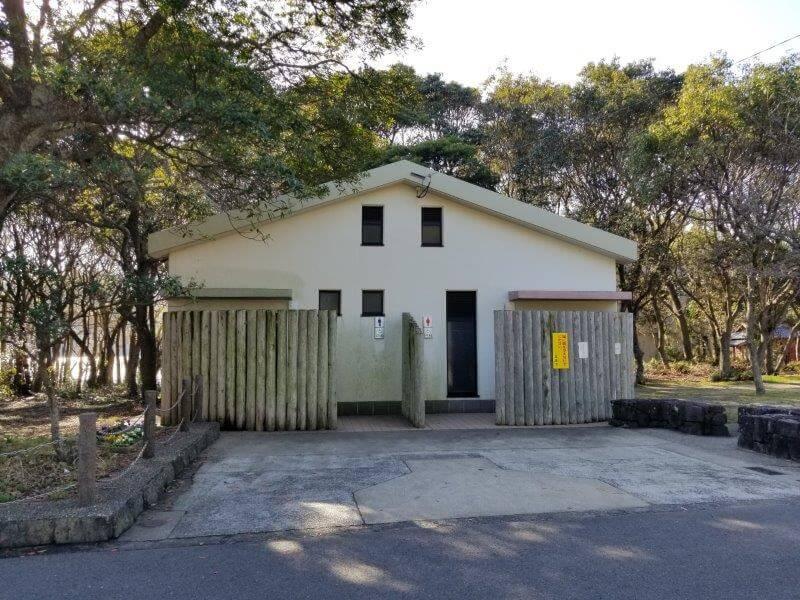 川原大池公園キャンプ場のトイレ