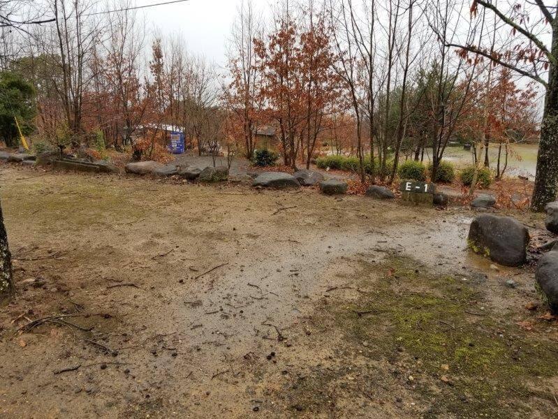 かいがけ温泉きのこの里キャンプ場 予備サイト E-1