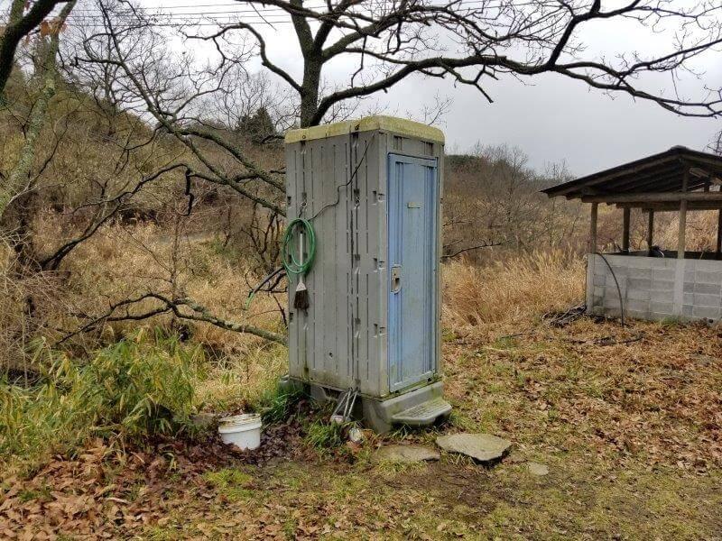 よかろうパークキャンプ場のトイレ