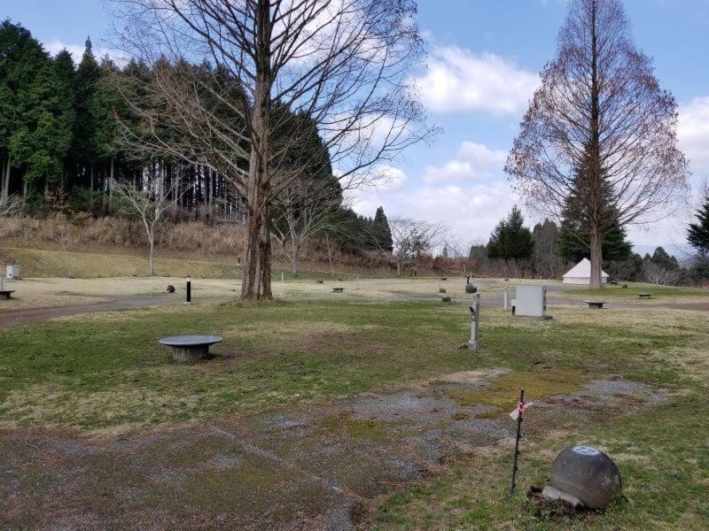 服掛松キャンプ場のオートサイト 12番サイト