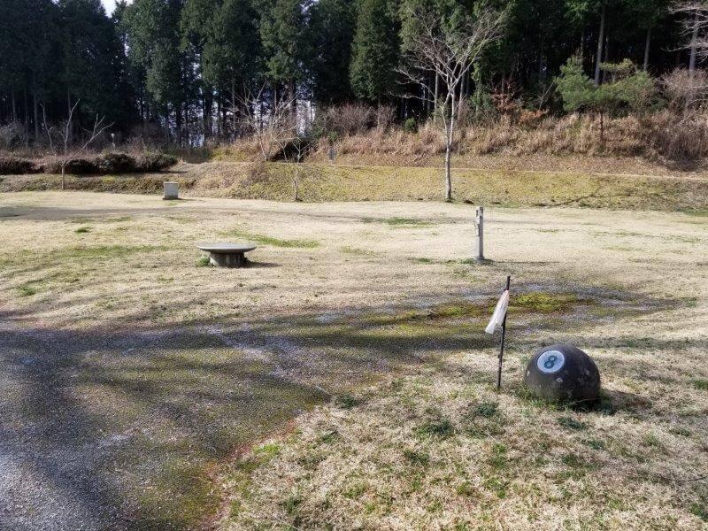 服掛松キャンプ場のオートサイト 8番サイト