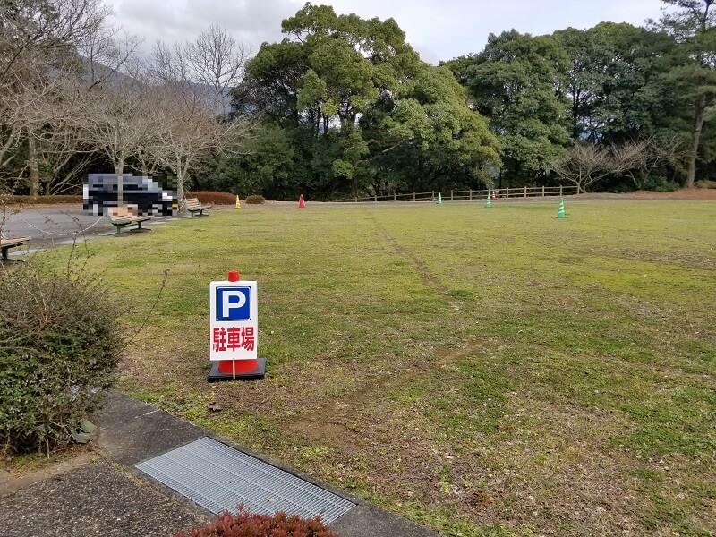 野岳湖キャンプ場 東サイトの駐車場