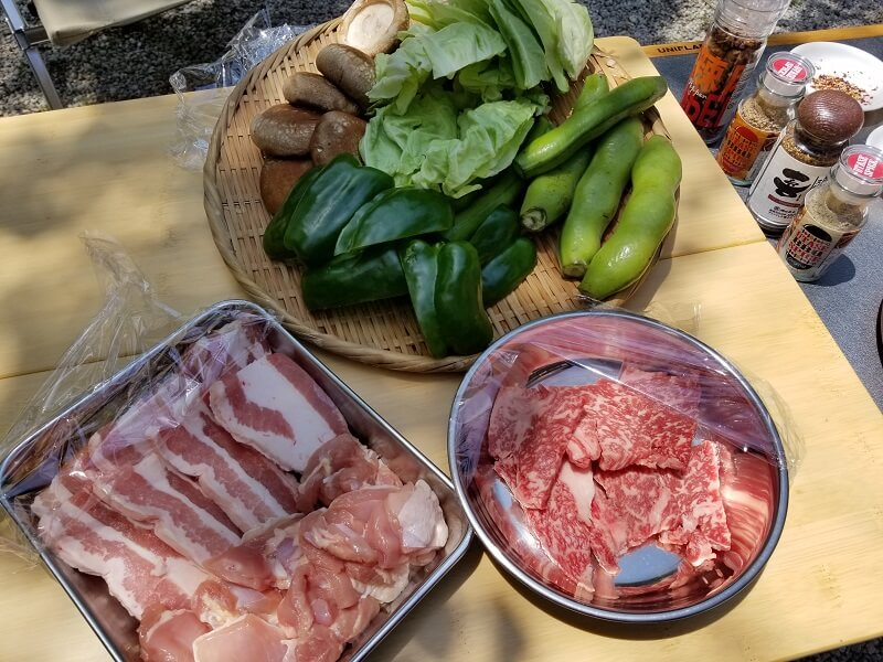 BBQスパイス食べ比べ用の食材