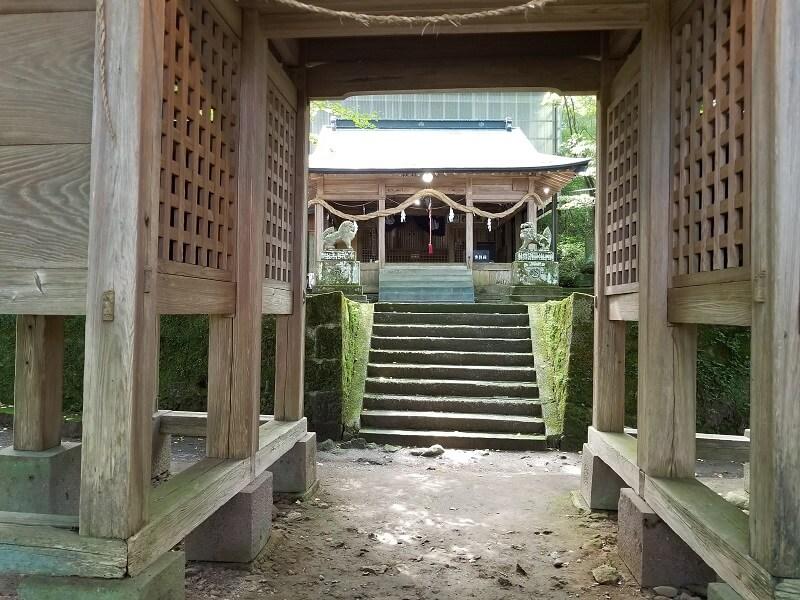 大分県玖珠郡九重町大字田野 白鳥神社
