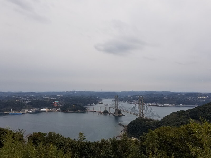 加部島 風の見える丘公園から見る呼子大橋の景色