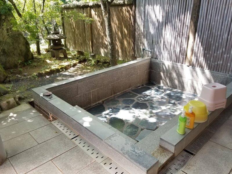 オートキャンプ竜門 露天風呂