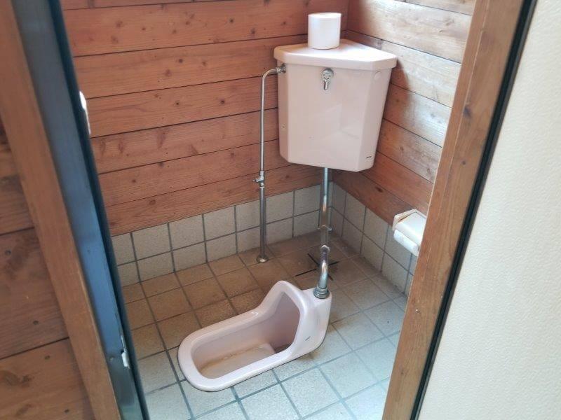 オートキャンプ竜門のトイレ