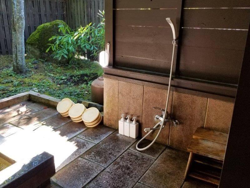 久住高原スパージュキャンプ場の貸切露天風呂 洗い場