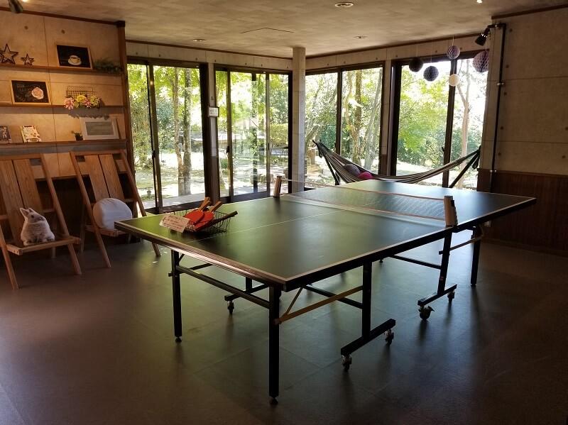 赤川温泉スパージュ内の卓球台