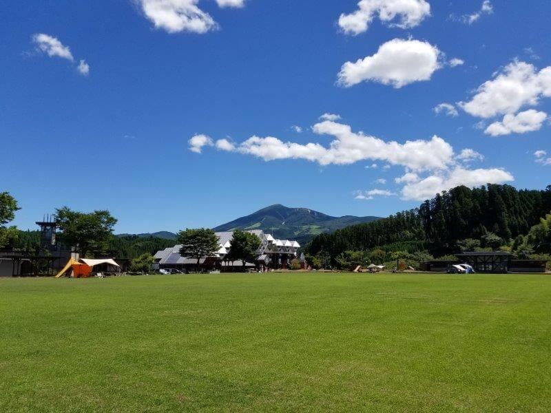 木魂館のグラウンド兼テントサイト