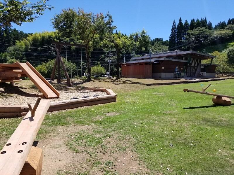 木魂館 グラウンドにある遊具
