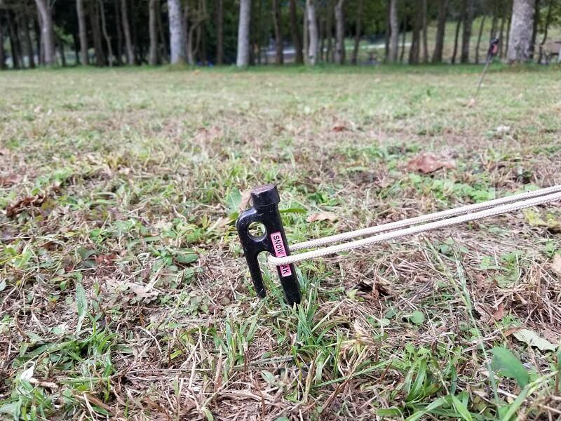 熊谷牧場・雛戸 ブルーベリー・キャンプガーデン ペグの刺さり具合