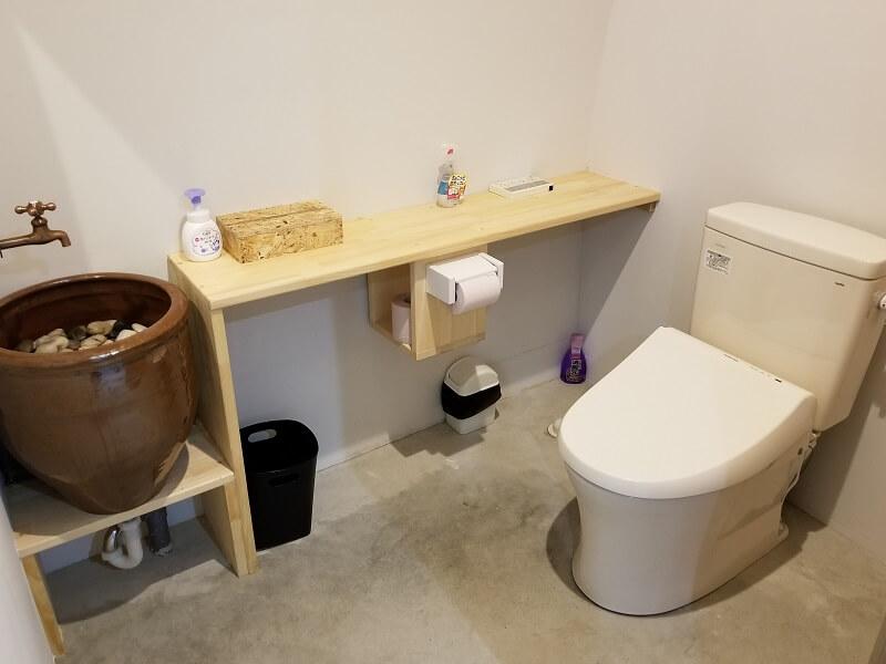 熊谷牧場・雛戸 ブルーベリー・キャンプガーデン ドーム小屋内のトイレ
