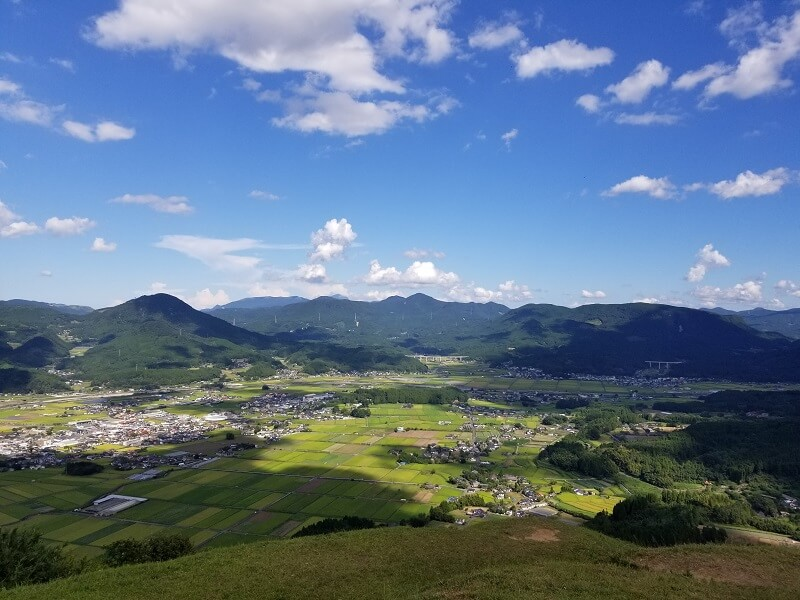 大分県玖珠 伐株山園地 メサ地形