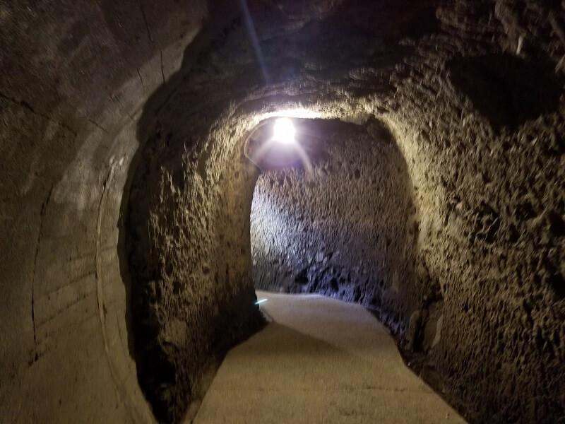 中津市本耶馬渓町 青の洞門