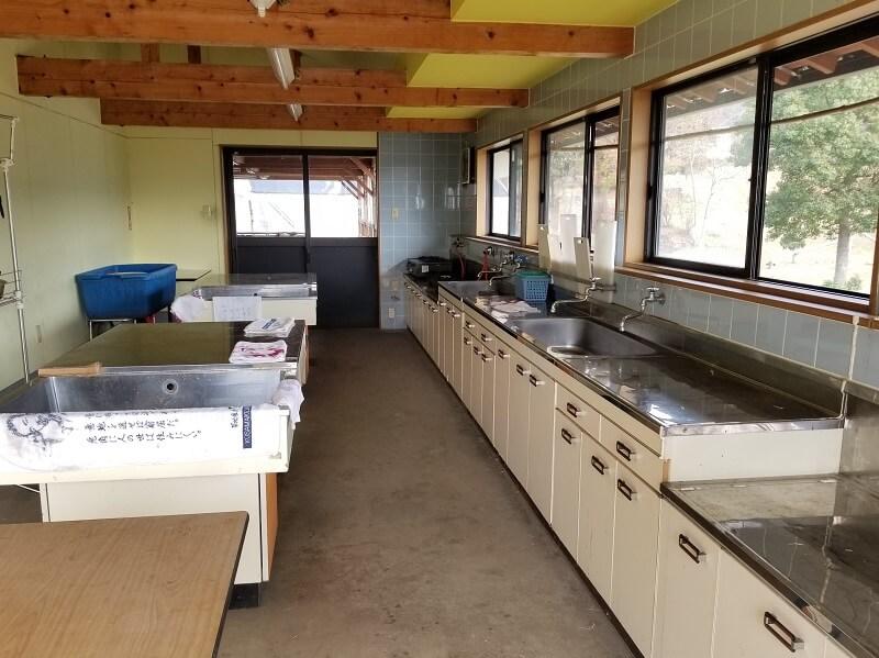 草枕山荘キャンプ場 炊事場