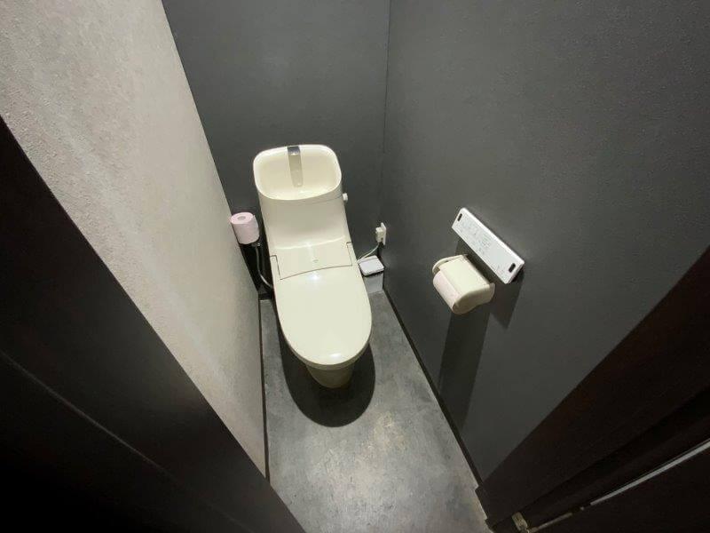 中瀬草原キャンプ場 管理棟のトイレ