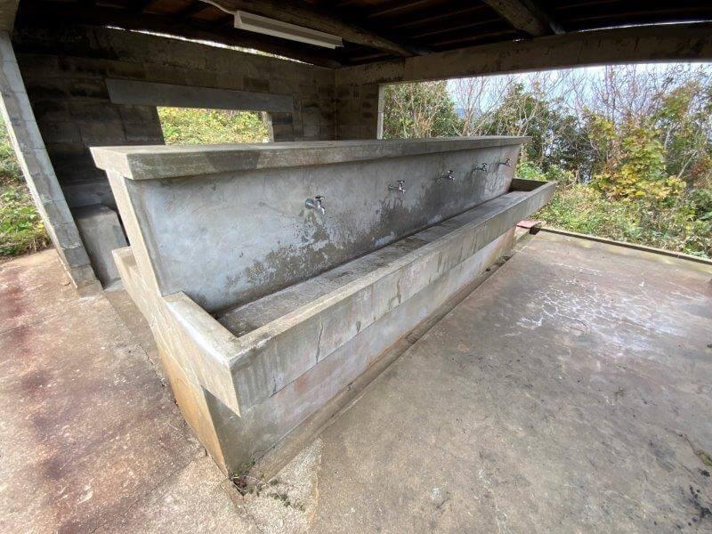 中瀬草原キャンプ場 炊事場の流し台