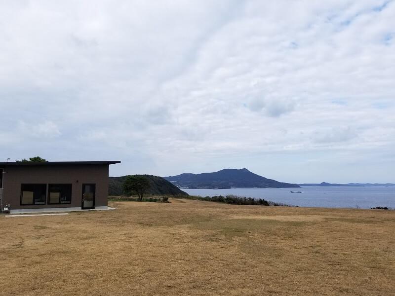 中瀬草原キャンプ場 管理棟近くの展望サイト