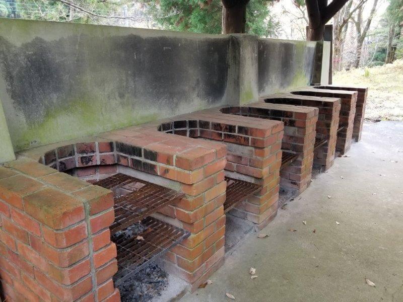 吉無田高原 緑の村 フリーキャンプエリア近くにある炊事棟