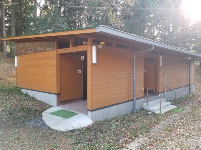 吉無田高原 緑の村 フリーサイト横のトイレ