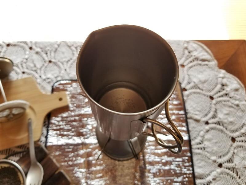 スノーピーク「チタンカフェプレス」で濃厚ミルクティを淹れる(水を火にかける)