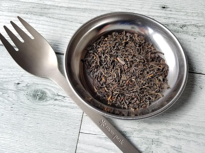 ルピシアで購入したアッサム茶葉「ディクサム」とsnowpeak スクー