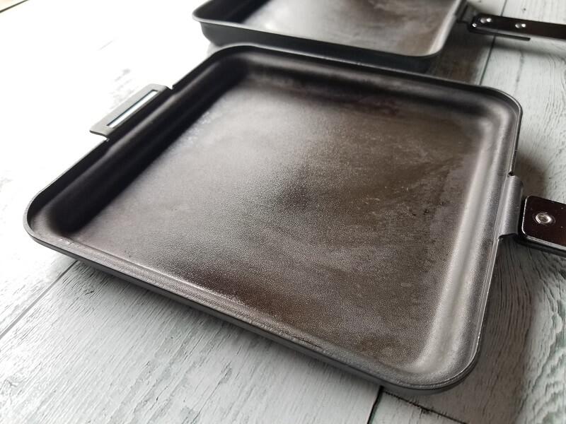 SOTO「トーストサンドパン」溝が無くて洗いやすい