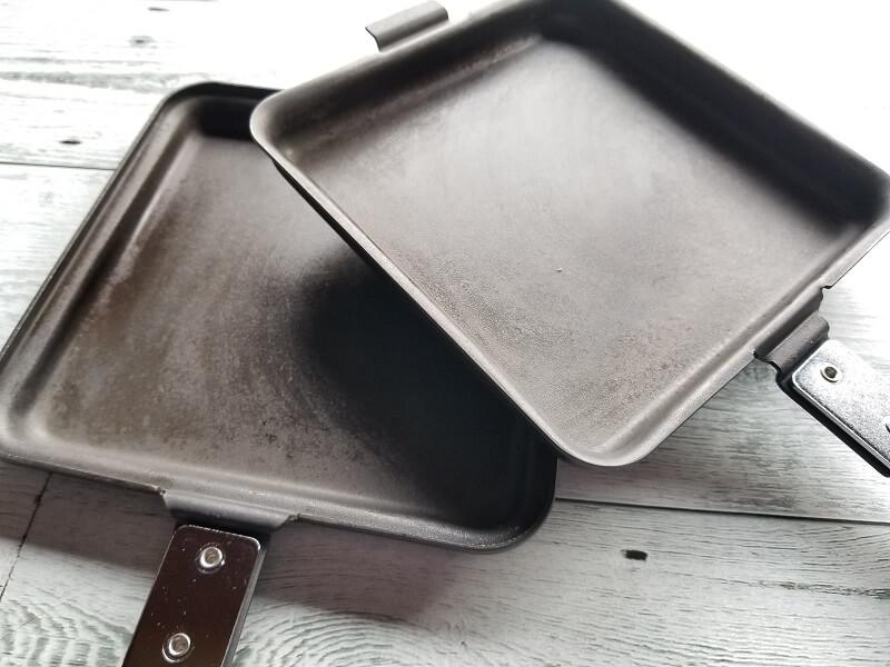 SOTO「トーストサンドパン」は窒化加工の鉄製