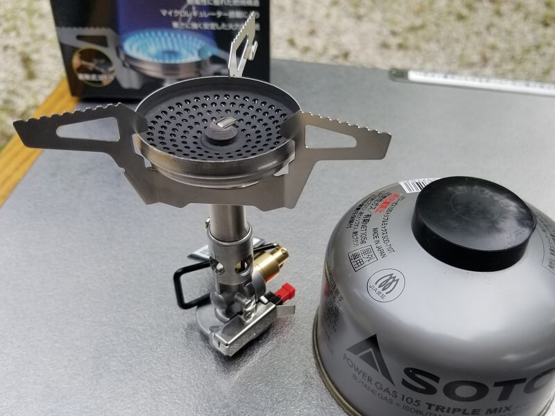 SOTO マイクロレギュレーターストーブ ウインドマスター 3本ゴトク装着時