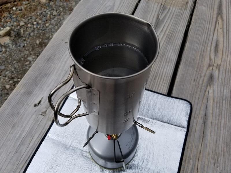 スノーピーク「チタンカフェプレス」で紅茶を淹れる(湯を沸かす)