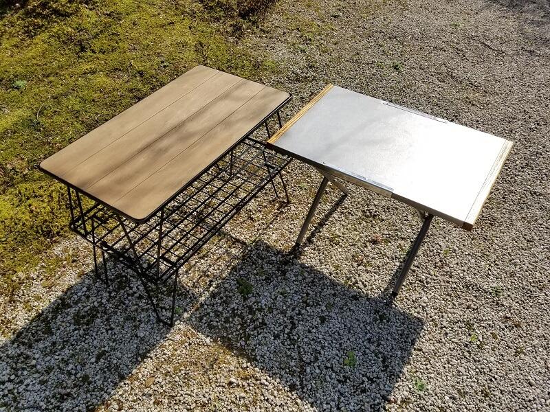 ユニフレーム「フィールドラック」をスタッキングしてサイドテーブルとして使う