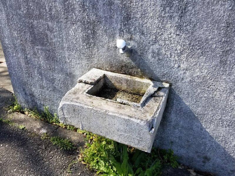 大崎自然公園キャンプ場 駐車場にあるトイレの手洗い場