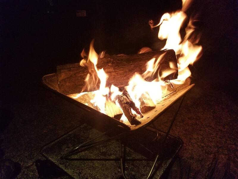 【ひなもりオートキャンプ場】焚き火は焚火台を使用すればOK
