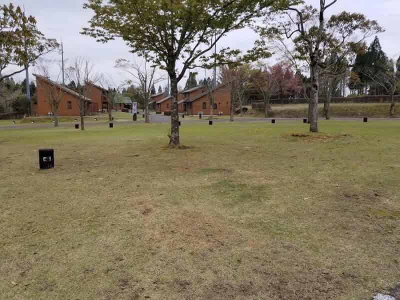 【ひなもりオートキャンプ場】広場サイトの1番サイト