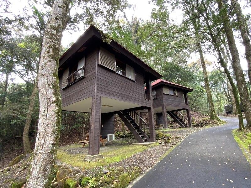 【御池キャンプ村】高床式バンガロー