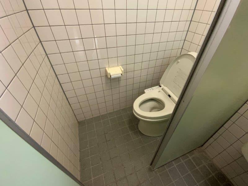 【御池キャンプ村】管理棟のトイレ個室
