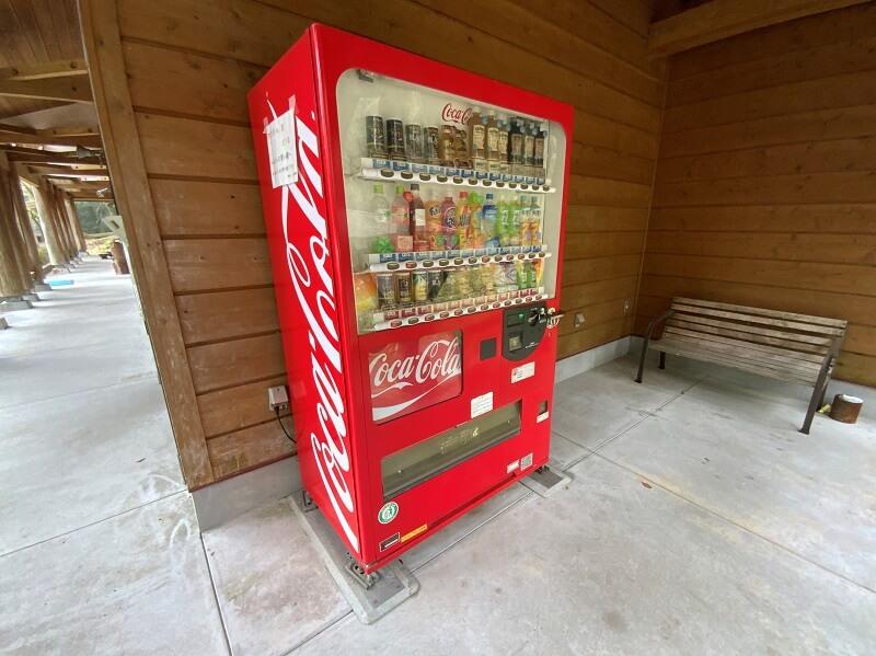【御池キャンプ村】自動販売機あり