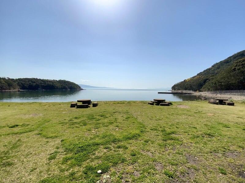【大崎自然公園キャンプ場】フリーサイト 海沿いの平坦なサイト