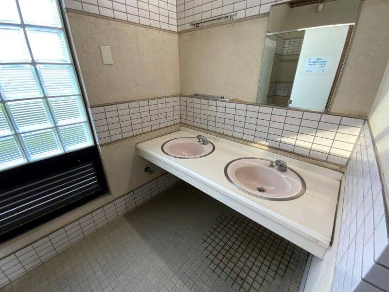 久留米ふれあい農業公園 西側トイレの手洗い場